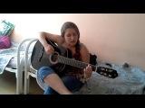 Мария Дроздова играет песню
